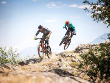 sommerzeit-ist-bikezeit-radsportartikel-ab-sofort-bei-keller-sports