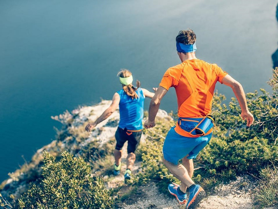 VIELSEITIGE ANFORDERUNGEN, EINE KOLLEKTION- NEUHEITEN VON DYNAFIT ALPINE RUNNING