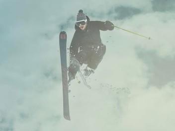 ab-sofort-bei-keller-sports-skibekleidung-von-bogner-fire-ice