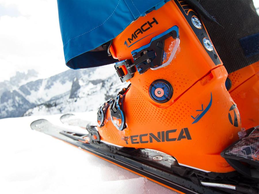 tecnica-mach1-high-performance-skischuhe-mit-perfekter-passform