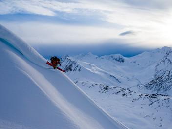 uschi-cassiar-und-wailer-das-sind-die-neuen-dps-skis-bei-keller-sports