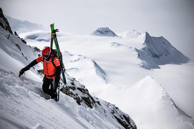 Die The North Face Summit Series L3 50/50 Daunenjacke ist der perfekte Outdoor Begleiter für alle Touren 2021