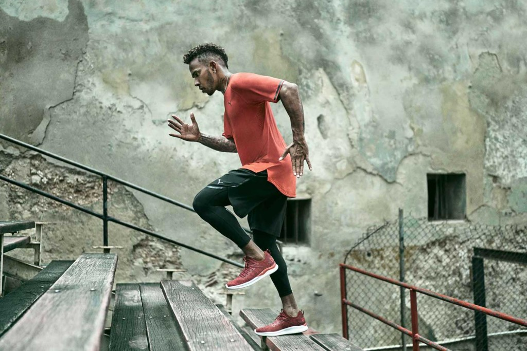 18SS_RT_Training_Lewis-Hamilton_Cuba_Boxing-Gym_IGNITE-Flash-evoKNIT_Steps_06339_RGB