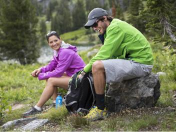 outdoorjacken-im-vergleich-hardshell-versus-softshell