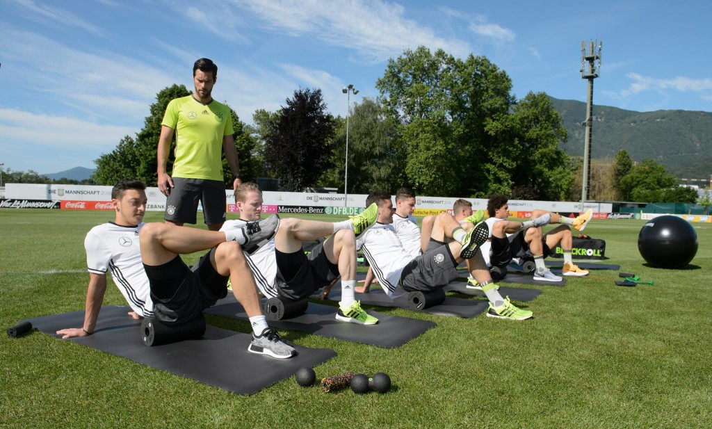 BLACKROLL Die Mannschaft Performance Kit workout