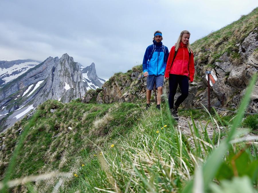 PYUA Outdoorbekleidung im Test - Nachhaltig auf dem Berg unterwegs