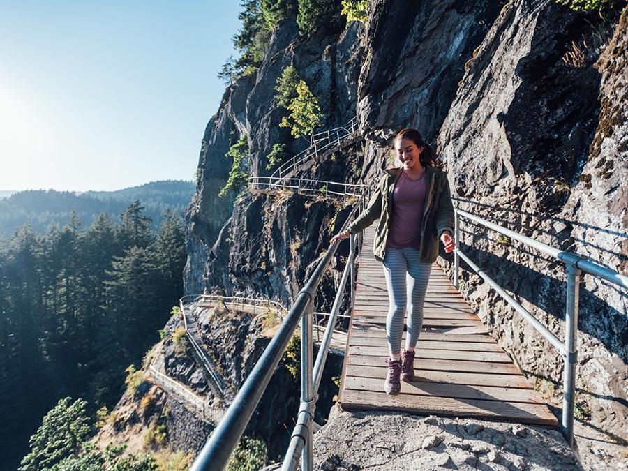 KEEN Terradora Mid WP: Der vielseitige Wanderschuh für Frauen