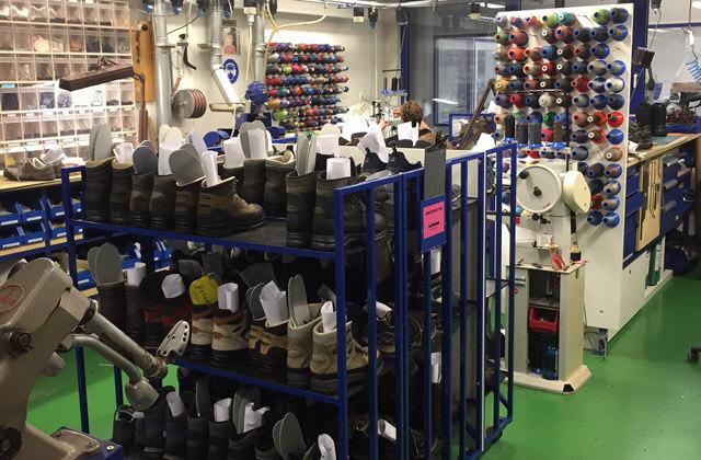 LOWA Werk Jetzendorf Leisten für Wanderschuhe und Outdoor Ausrüstung