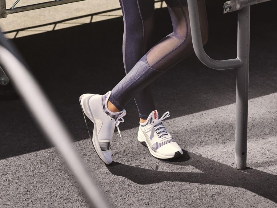 87aa67f754482d Selena Gomez Back to you PUMA Fitness Kollektion PUMA Amp XT Trainingsschuhe