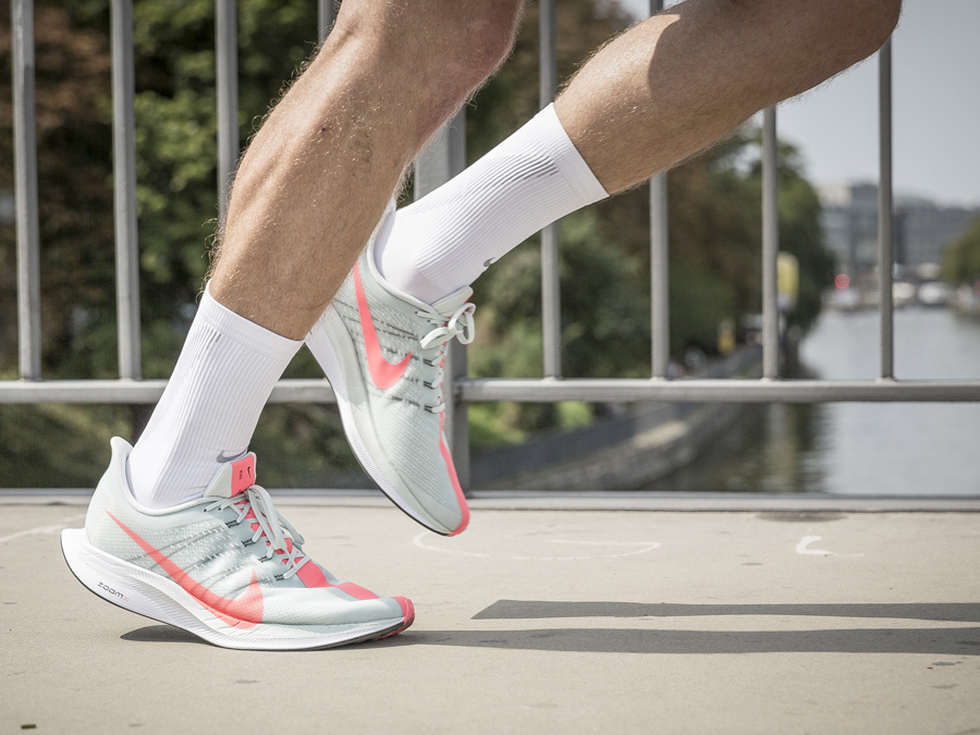 DER NIKE PEGASUS TURBO IM TEST - Keller Sports Guide - Premium Sport ...