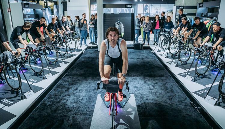 Fabian Cancellara aus Bern Schweizer Rad Sport Champion im Cycling ZWIFT Challenge Gore Wear Interview