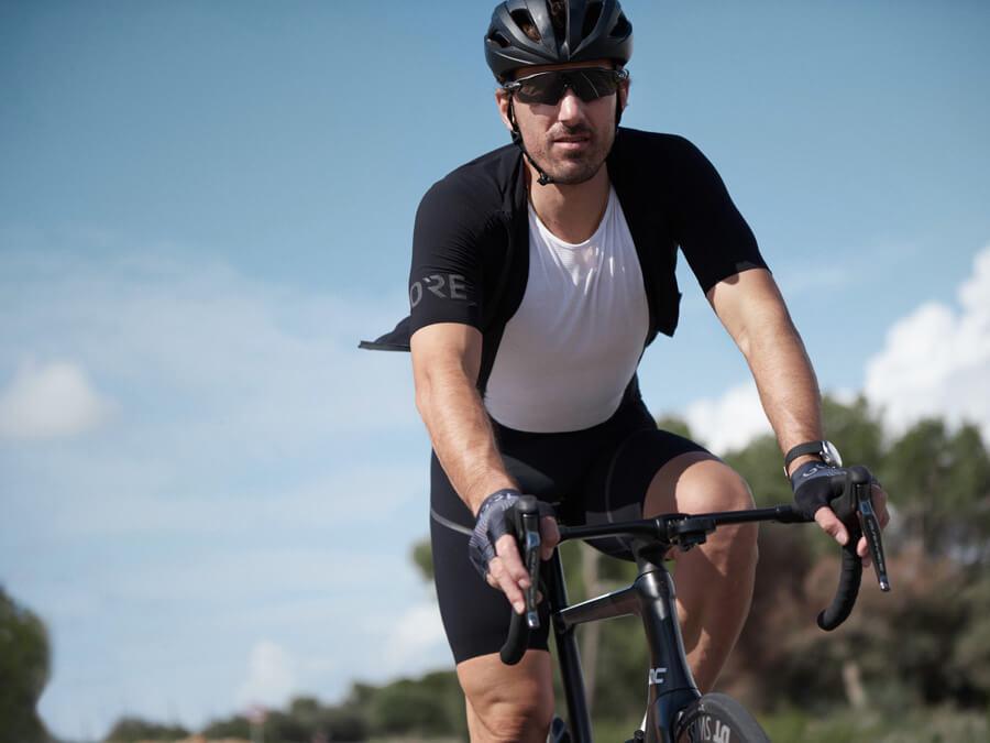 Fabian Cancellara aus Bern Schweizer Rad Sport Paris - Roubaix Team Champion im Swiss Cycling Interview GORE Wear Bib Short