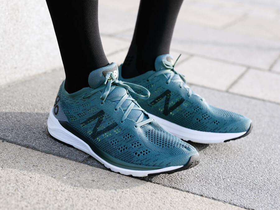 JAN TESTET DEN NEW BALANCE 890 V7 LAUFSCHUH - Keller Sports Guide ...