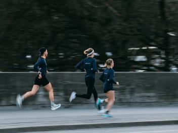 URBAN RUNNING IN MüNCHEN RUND UM DAS SAYSKY SUB ROSA RACE