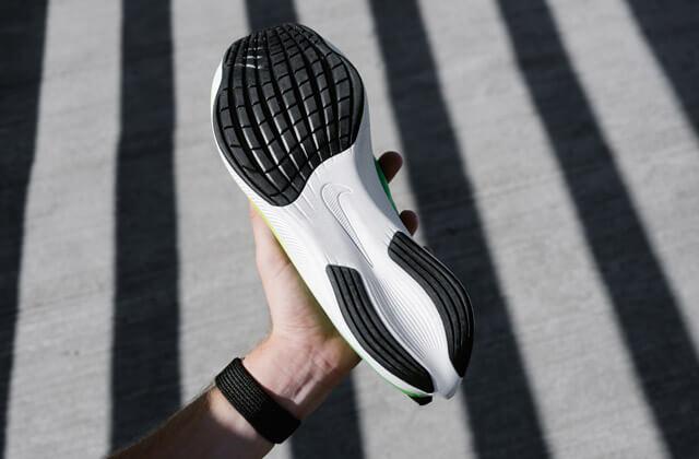 Nike Zoom Fly 3 Running Schuhe im Test 2019 React Sohle mit Grip