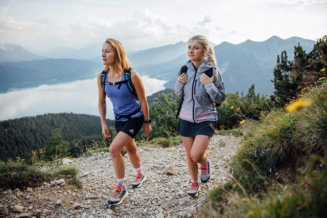 Wandern mit den adidas Terrex Free Hiker Wanderschuhen und Caja Schöpf