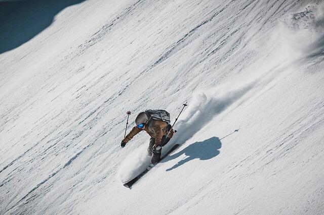 The North Face Steep Series FutureLight Brigandine Skijacke im Freeride Test 2019 2020 mit Keller Sports Pro Franzi