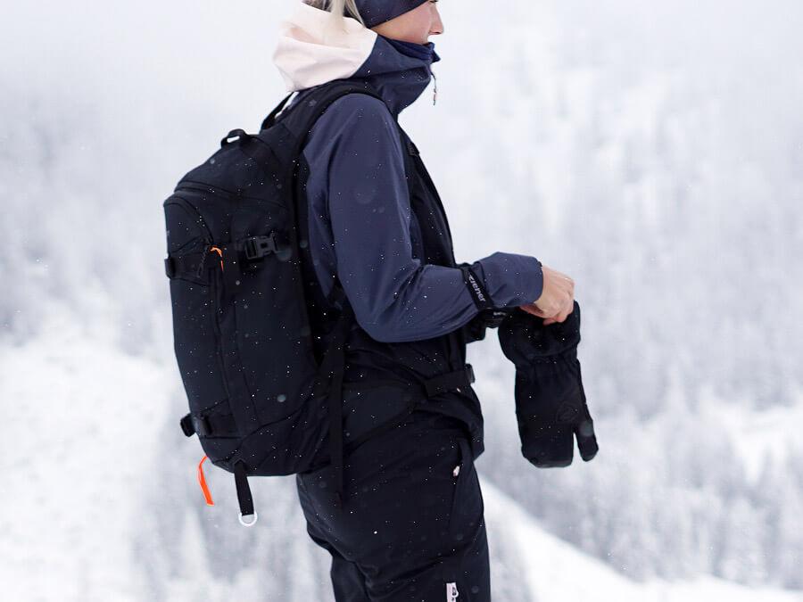Ziener Skitour-Handschuhe und Bekleidung im Test