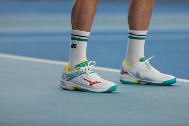 Der Mizuno Wace Exceed Tour 4 Unisex Allcourt Tennisschuh 2020 für das Turnier in Australien