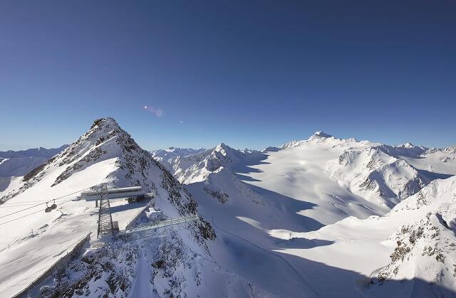 Freeriden auf den schönsten Gletscher der Alpen in Tirol Österreich mit dem White Five Skipass 2020
