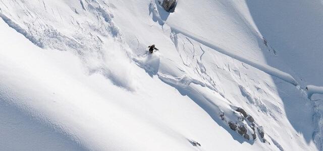 Alles was ihr über Lawinen und das Planen einer Skitour wissen müsst