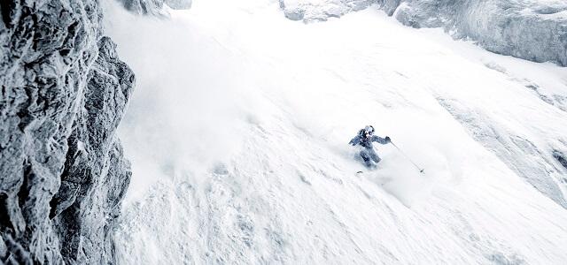 Beim Freeriden und Skitourengehen muss man sich der Lawinengefahr bewusst sein