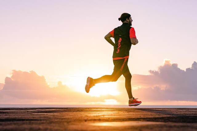 Die ASICS Run Further Laufschuhe sind ausgelegt auf lange Strecken Long Runs und Marathon Läufe