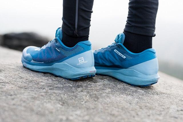 Die Salomon Sense Ride Trail Laufschuhe überzeugen beim Test 2020 als Allrounder Running Schuhe mit viel Komfort