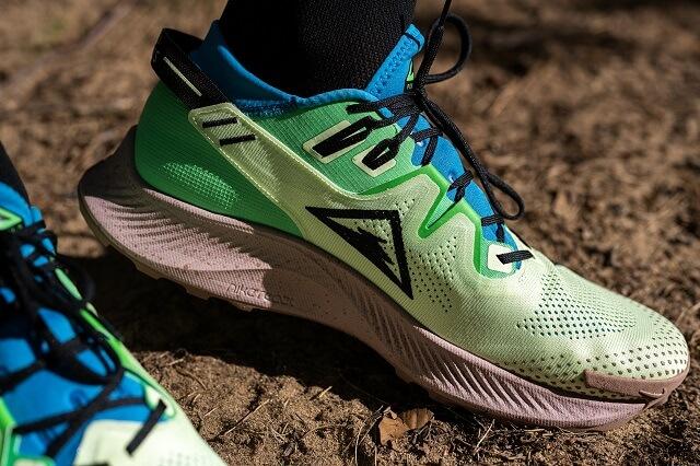 Die Nike Air Zoom Pegasus Trail 2 Laufschuhe sind das Einsteiger Modell derr Nike Trailrunningschuhe 2020