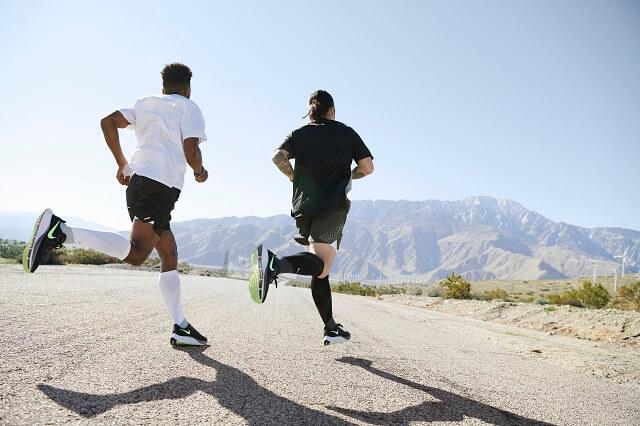 Profis wie Chris Dewy vertrauen dem neuen Nike Air Zoom Pegasus 37 beim Training und Wettkampf