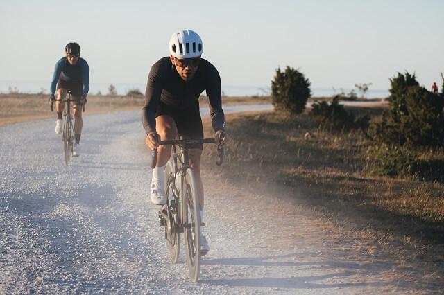 Bikepacking bedeutet mit dem Rennrad oder Mountain Bike mehrtägige Touren zu fahren