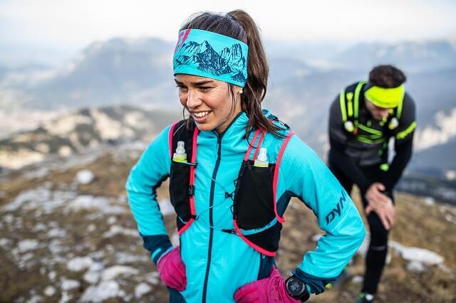 Die Dynafit Athletic Mountaineering Kollektion bringt alle Funktionen mit die man beim Bergsteigen und Running auf dem Trail 2021 benötigt