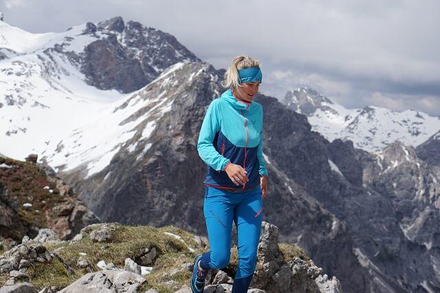 Die Dynafit Athletic Mountaineering Kollektion kann im Produkt Test 2020 beim Bergsteigen und Trail Running vollends überzeugen