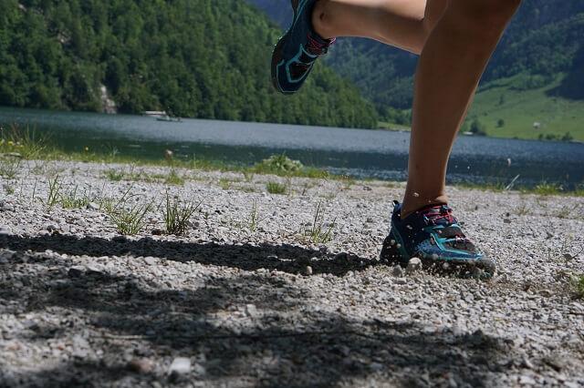 Die Dynafit Speed Mtn GORE-TEX® Trailrunningschuhe sind auf für warme Temperaturen gut geeignet