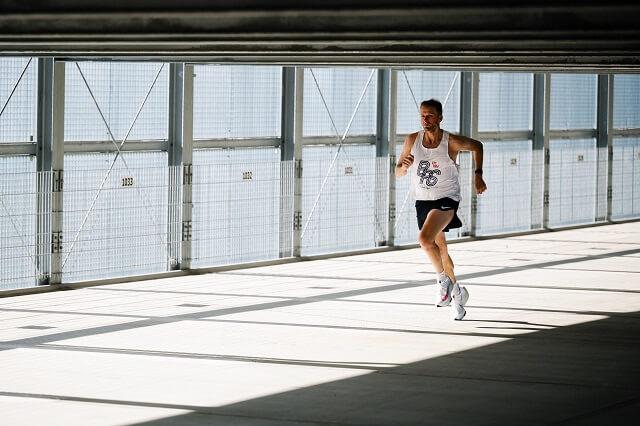 Keller Sports Pro Jan testet den Nike Air Zoom Alphafly NEXT% Laufschuhe 2020
