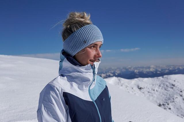Die Ziener Neila Damen Hardshelljacke schützt dich bei deinem Wintersport vor den Elementen