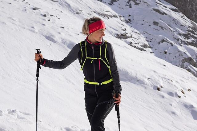 Die Dynafit Speed Thermal Damen Jacke im Skitouren Test 2020 2021