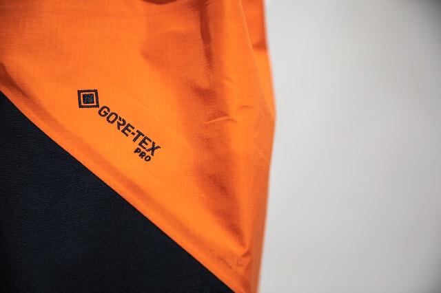 Durch die GORE-TEX Pro Membran sind Peak Performance Wintersport und Outdoor Jacken winddicht wasserdicht und atmungsaktiv