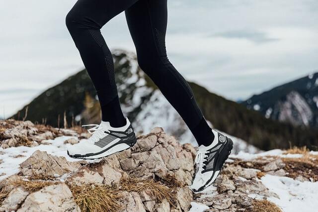 Die The North Face Vectiv Flight Series Trailrunning Schuhe bieten viel Grip und Komfort auf allen Untergründen für deinen Trailrun 2021