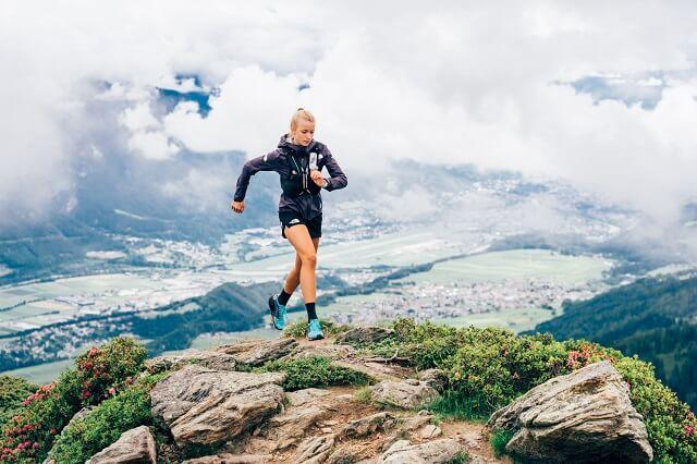 Lauf in deine Trailrunning Saison 2021 mit dem neuen The North Face Vectiv Flight Series Trail Schuh