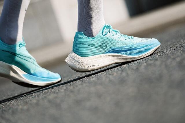 Der Nike ZoomX Vaporfly NEXT% 2 Laufschuh überzeugt in unserem Running Test 2021 mit guter Performance