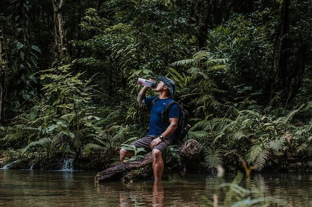 Dank der Grayl Trinkflaschen hast du immer sauberes Wasser auf deinen Outdoor Abenteuer dabei