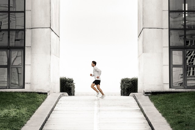 Der Salomon INDEX.01 Laufschuh im Running Test 2021