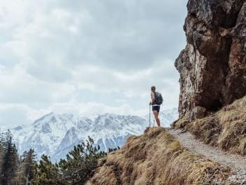 fast-hiking