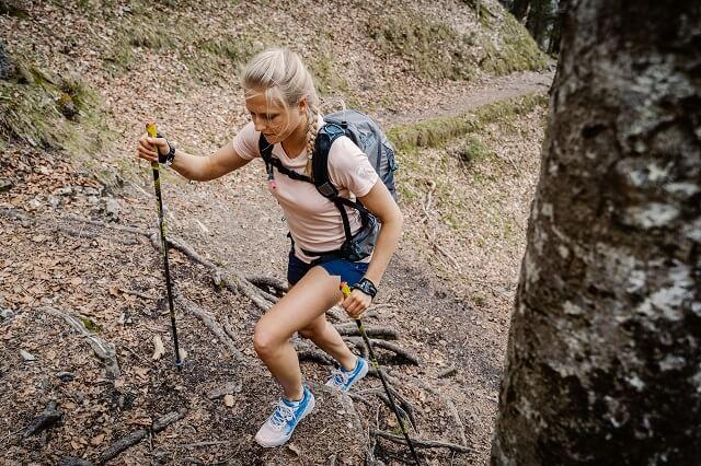 Die Mammut Sertig Outdoor Kollektion für Damen und Herren ist perfekt für das Fast Hiking geeignet