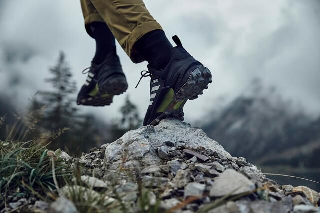 Die adidas TERREX Swift in the mountains R3 GORE-TEX Outdoorschuhe im Wander Test 2021