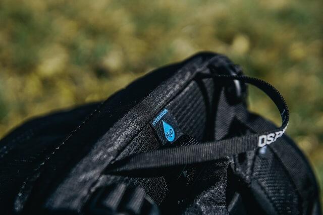 Funktionales Zubehör wie ein Trinksystem machen Osprey Rucksäcke zu optimalen Begleitern bei deinem Outdoor Abenteuer 2021