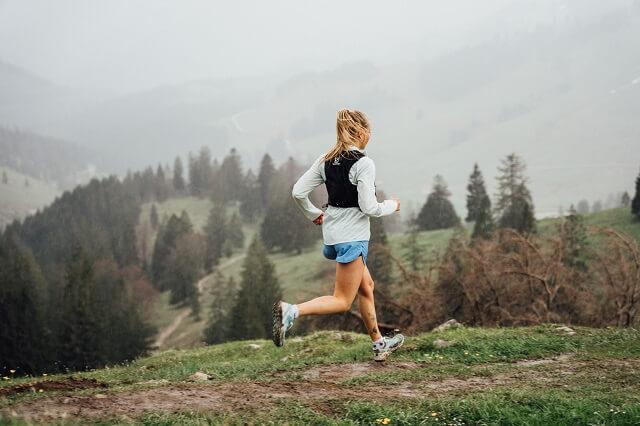 Startet langsam mit dem Trailrunning und beginnt mit kurzen Running Passagen