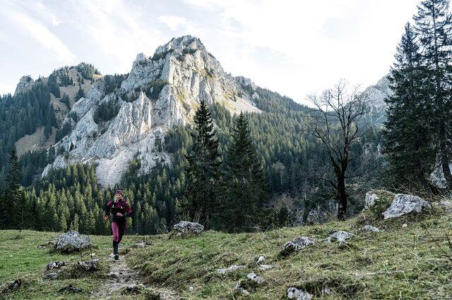 Mit den 10 Tipps zum Trailrunning im Herbst seid ihr vorbereitet auf die Übergangszeit