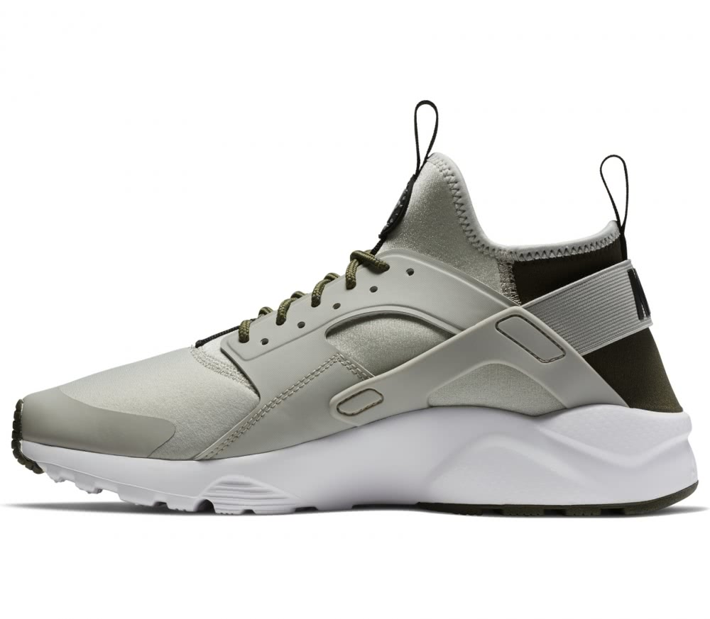 nike air huarache run herren sneaker khaki grau im. Black Bedroom Furniture Sets. Home Design Ideas